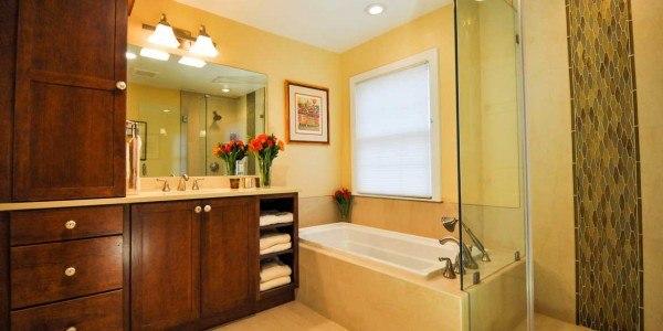 Bathroom remodel in Falls Church, VA